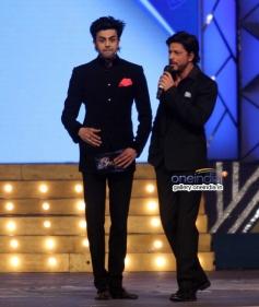 Shahrukh Khan along with Manish Paul at Umang 2014