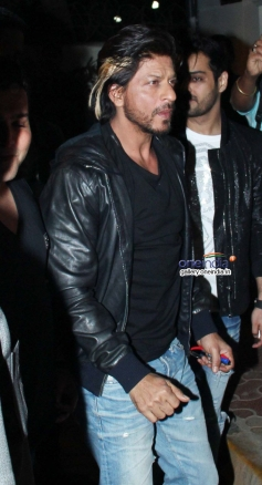 Shahrukh Khan snapped at the launch of 69 new restaurant