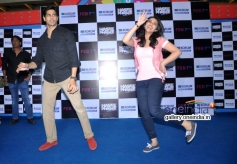 Sidharth and Parineeti performs during the Hasee Toh Phasee film promotion at Korum Mall Thane