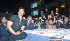 Sunil Shetty poses for the media at the Yaariyan promotion