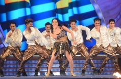 Sunny Leone performs on Big Star Entertainment Awards 2013