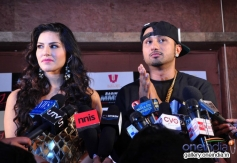 Sunny Leone with singer Honey Singh during on location shoot of the film Ragini MMS 2