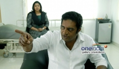 Prakash Raj, Raadhika Sarathkumar in Traffic Movie