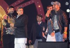 UP CM Akhilesh Yadav with music composers Sajid and Wajid at Saifai Mahotsav