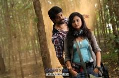 Yash and Amoolya in Kannada Movie Gajakesari