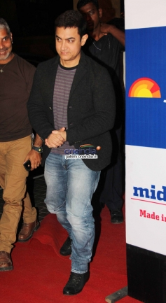 Aamir Khan at Mid Day newspaper's relaunch party