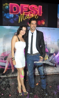 Ameesha Patel with Zayed Khan at first look launch of film Desi Magic