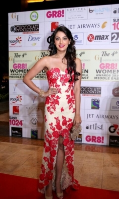 Anushka Ranjan at GR8 Women Awards 2014 redcarpet