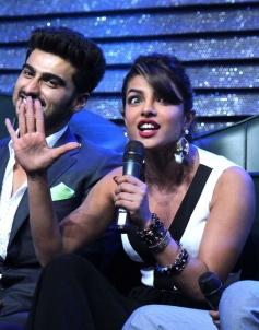 Arjun Kapoor and Priyanka Chopra on sets of DID season 4