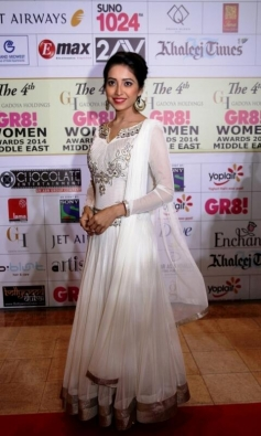 Asha Negi at GR8 Women Awards 2014 redcarpet