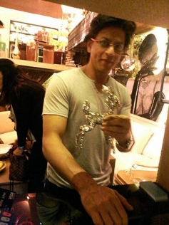 SRK at Gauri Khan's The Design Cell store launch