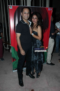Vipul Shah and his wife Shefali Shah at Nagesh Kukunoor's film Lakshmi success bash