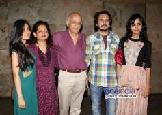 Mukesh Bhatt, Nilima Bhatt, Vishesh Bhatt & Kanika Parab at Shaadi Ke Side Effects special screening