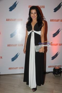 Pooja Bedi at Suchitra Pillai's Absolut Elyx Party