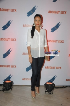 Shamita Singha at Suchitra Pillai's Absolut Elyx Party
