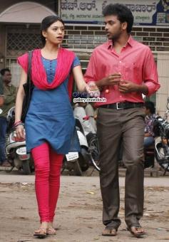 Deepa Sannidhi and Vivek Narasimhan in Kannada Movie Endendu Ninagaagi
