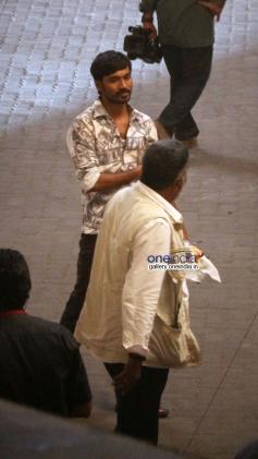 Dhanush snapped shooting for R Balki's untitled film