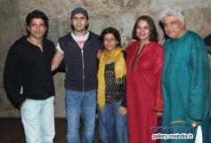 Farhan Akhtar and his family at Shaadi Ke Side Effects film special screening