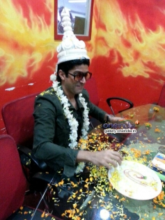 Farhan Akhtar in Kolkata to promote Shaadi Ke Side Effects