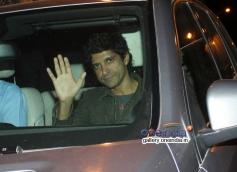 Farhan Akhtar snapped at Mannat on SRK's party