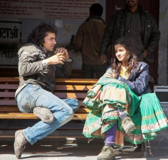 Imtiaz Ali and Alia Bhatt on the sets of Highway