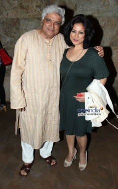 Javed Akhtar and Divya Dutta at Shaadi Ke Side Effects special screening