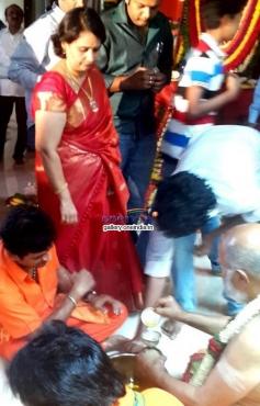Kannada Actors Sabarimala Yatra