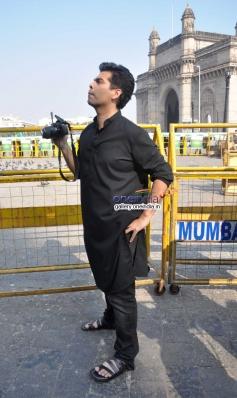 Karan Johar shoots for upcoming tv show Mission Sapne at Gateway of India