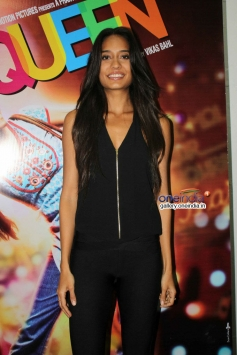 Lisa Haydon poses during the promotion of Queen at Mehboob Studio