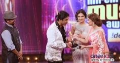 Madhuri Dixit at 6th Royal Stag Mirchi Music Awards 2014