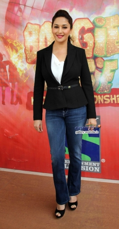 Madhuri Dixit during film Gulaab Gang promotion on Boogie Woogie