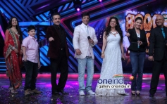 Madhuri and Juhi on Boogie Woogie to promote Gulaab Gang