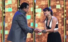 Mithun Chakraborty and Priyanka Chopra on sets of DID season 4
