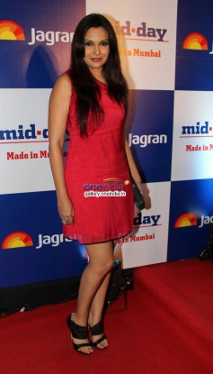 Mrinalini Sharma at Mid Day Newspaper's relaunch party