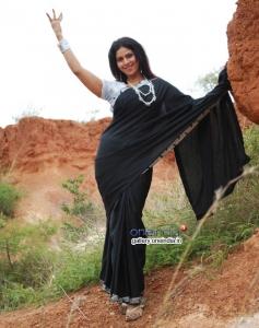 Poorvi in Kannada Film Nakara