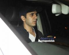 Ritesh Sidhwani snapped at Mannat on SRK's party
