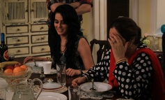 Sarah Khan and Kirron Kher still from Total Siyapaa