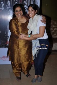 Seema Pahwa and Maya Sarao at Ankhon Dekhi film trailer launch