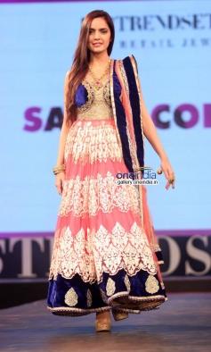 Shazahn Padamsee at Retail Jeweller India Trendsetter 2014