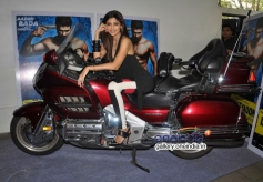 Shilpa Shetty in bike at launch of song Tu Mere Type Ka Nahi Hai from film Dishkiyaoon