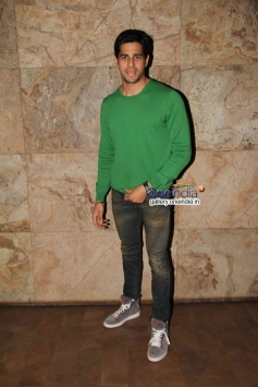Sidharth Malhotra at Hasee Toh Phasee film special screening