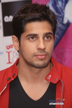 Sidharth Malhotra promote his film Hasee Toh Phasee in Delhi.