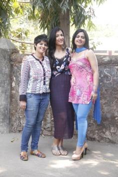 Sonal Giani, Leeza Mangaldas and Lezlie Tripathi at W film promotion