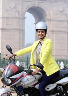 Sonam Kapoor still on bike