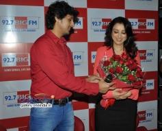 Sonu Nigam and Madhurima celebrates Valentines Day at Big FM