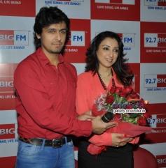 Sonu Nigam with wife Rj Madhurima celebrates Valentines Day at  Big FM