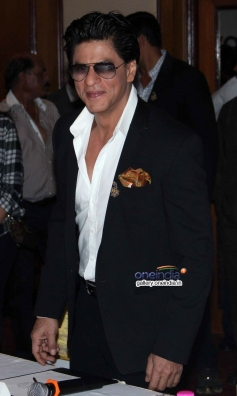 SRK launches Discovery Channel's new show Living with KKR