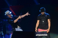 SRK and Yo Yo Honey Singh perform on Lungi Dance for Temptation Reloaded 2014 Malaysia
