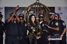 Sunny Leone sizzling performance at Baby Doll song launch