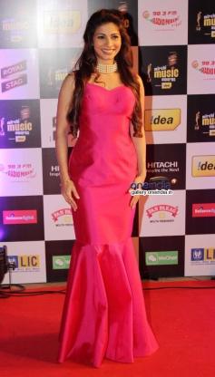 Tanisha Mukerji at Mirchi Music Awards 2014